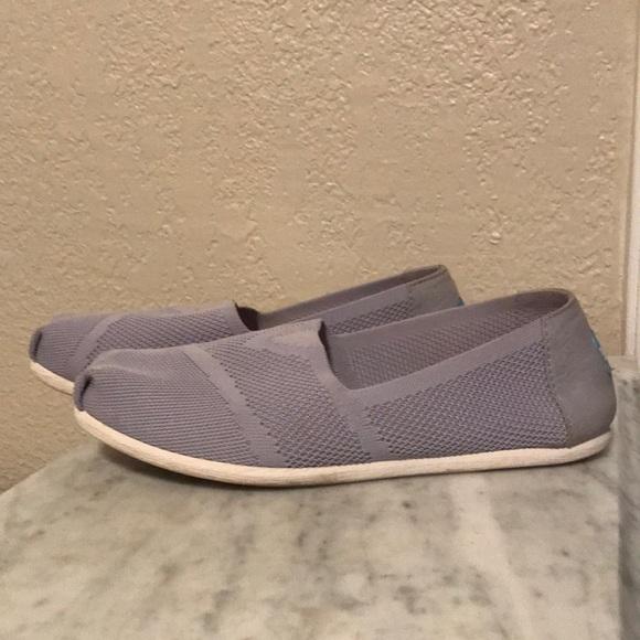 0ae529334dd TOMS Drizzle Grey Custom Knit Women s Classic. M 5ade57a745b30cf39c6ef1b0